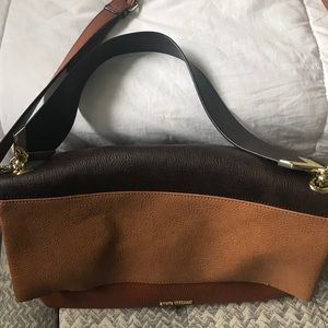 DONATING THIS WEEKEND! 💕Steven madden purse